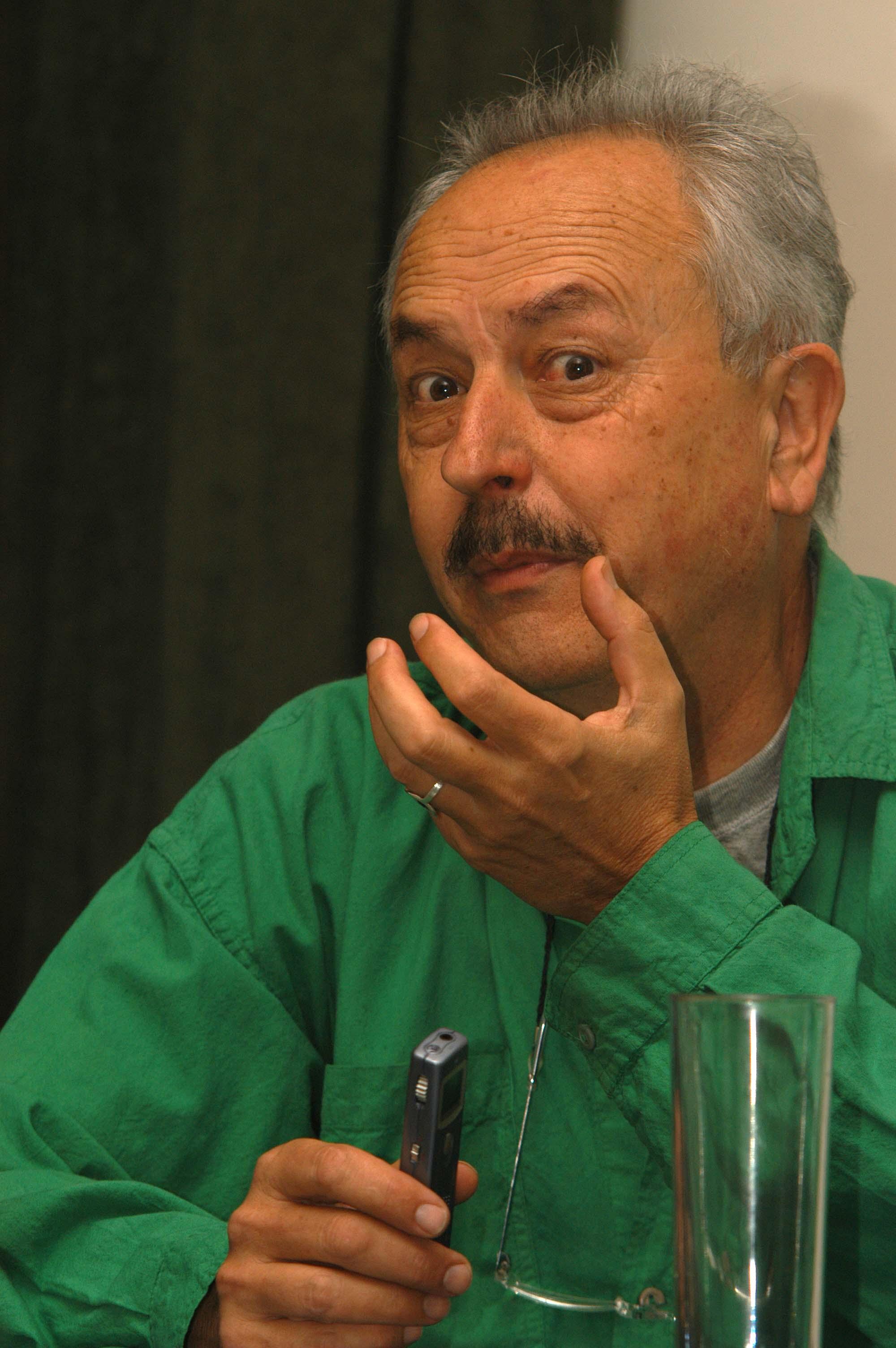 Se nos fue Jorge Rueda. Surrealismo en estado puro, un genio irrepetible - Mira-Algeciras-Jorge-Rueda-Retrato-5